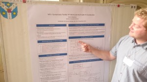 Sascha at his poster, Iași, 22.9.2015 (Manfred Sailer, BY-NC-ND 3.0)